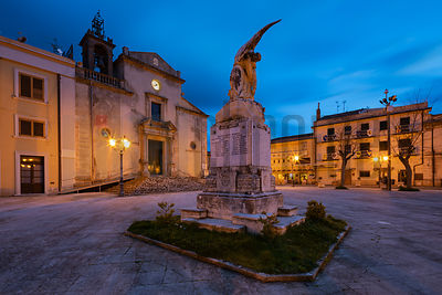 Piazza Maria Santissima della Provvidenza and the World Wars Memorial at Dusk