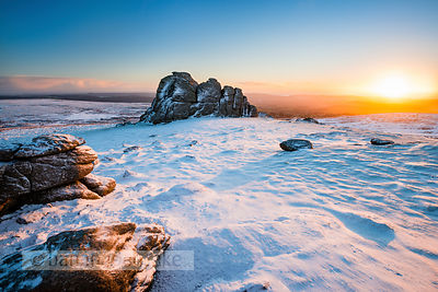 BP4838 - Winter snow, Haytor, Dartmoor
