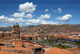 View of  Plaza de Armas with cathedral (L) and La Compañia de Jesus church (R), Cusco, Peru