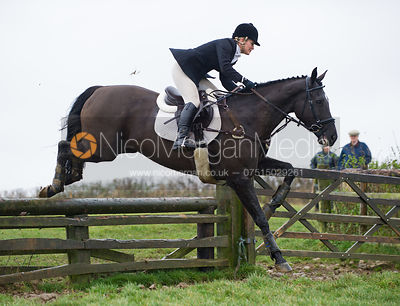 Jumping fences at Stone Lodge Farm - The Cottesmore at John O'Gaunt 24/11/12