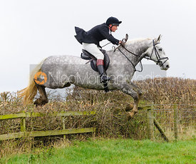 Algy Smith Maxwell jumping at Stone Lodge Farm - The Cottesmore Hunt at Tilton on the Hill, 9-11-13