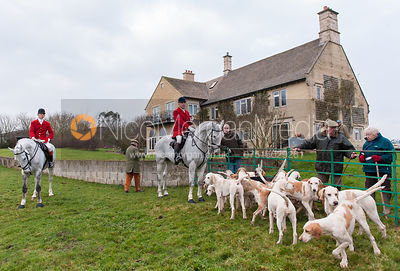 The Cottesmore hounds in front of Town Farmhouse