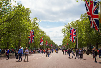 The Mall Leading to Buckingham Palace is closed to Traffic