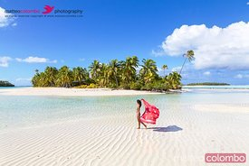 Beautiful woman on One Foot Island, Aitutaki, Cook Islands