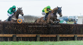Fred Henderson (DREAM MISTRESS), Johnny Bailey (FULL THROTTLE) - The Woodland Pytchley at Dingley 26/3