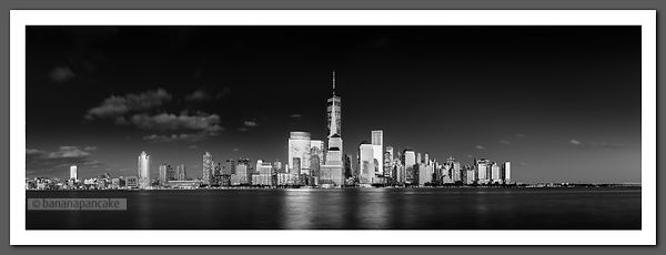 Manhattan Skyline panoramic - BP4487BW