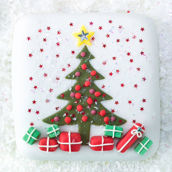 Christmas Cake with a tree and gift boxes