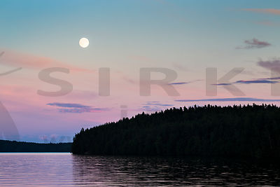 Full Moon in Päijänne National Park