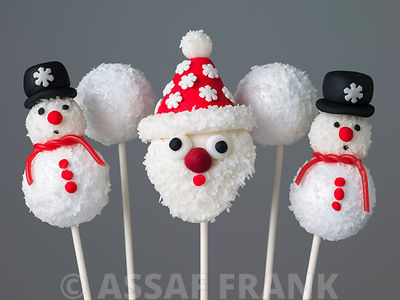 Father christmas and snowmen pop cakes