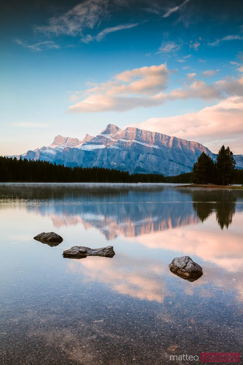 Matteo Colombo Photography   Moraine lake at sunset in ...