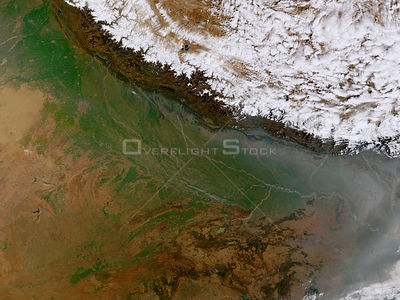 EARTH Great Himalayan Range -- 14 Feb 2002 -- The Himalayan Mountain Range runs a curving path from west to east in this true...