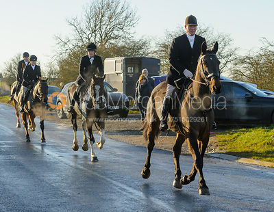 Tim Brown on Leesthorpe Road - The Cottesmore Hunt at Pickwell Manor 28/12