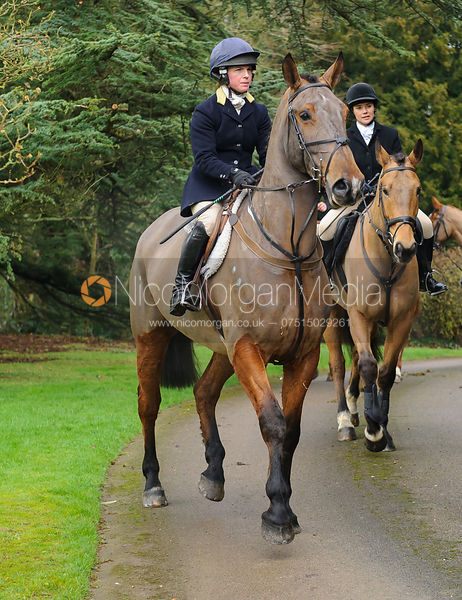 Bella Higham arriving at the meet - The Cottesmore Hunt at Little Dalby 7/2