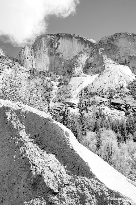 HALF DOME YOSEMITE NATIONAL PARK CALIFORNIA BLACK AND WHITE