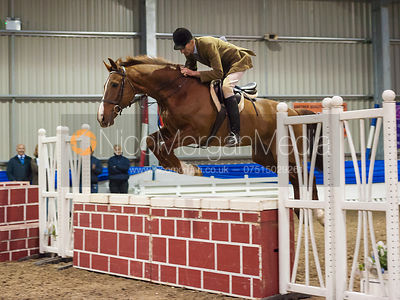 - Quorn Hunt Gate Jumping Competition 2012