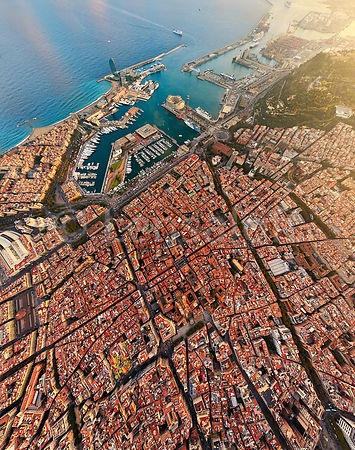 Barcelona - Gothic Quarter to the Ports - High Altitude