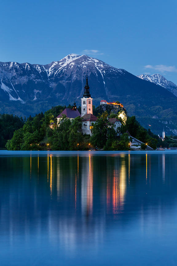 Church of the Assumption and Julian Alps, Lake Bled, Bled, Gorenjska Region, Slovenia