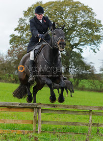 Nick Townsend - The Cottesmore Hunt at Tilton on the Hill, 9-11-13