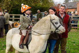 Etta Watson, Danielle Watson, Toby Watson at the meet. The Cottesmore Hunt at Braunston