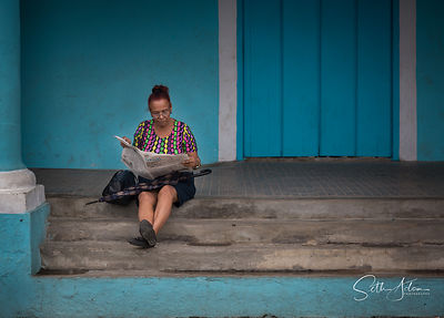Havana_LadyReading_(1_of_1)