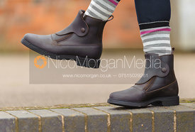Equestrian boots for riders