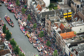 Amsterdam - Luchtfoto Canal Parade 24