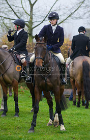 Charlotte Knight at the meet - The Cottesmore at John O'Gaunt 24/11/12