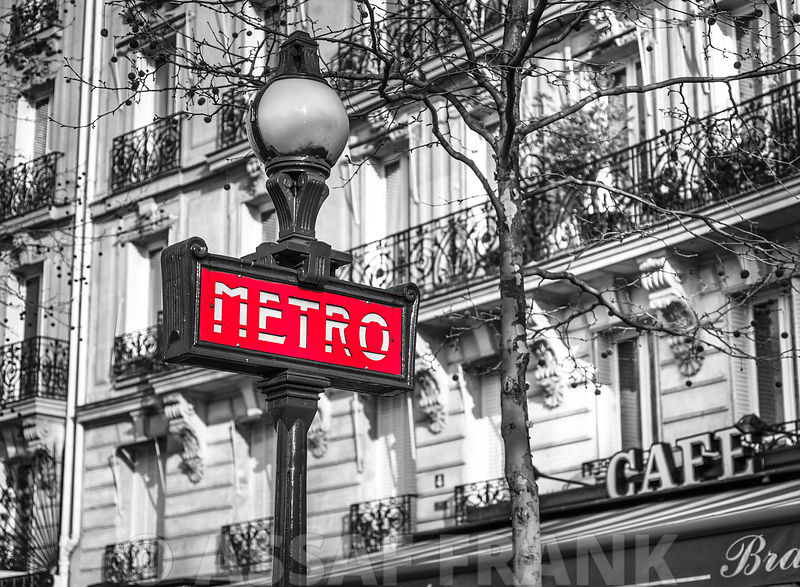 Paris Metro sign