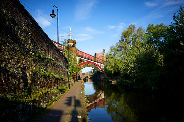 Railway bridge over Rochdale Canal