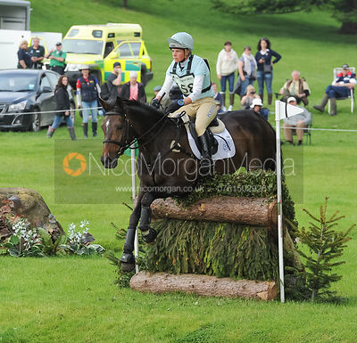 Izzy Taylor and ALLERCOMBE ELLIE - Bramham 2015
