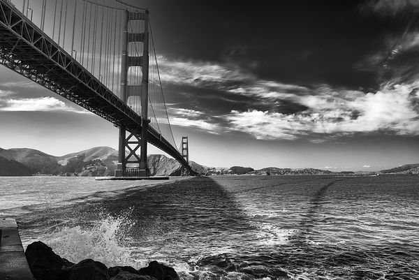 Golden Gate - Shadows on the Bay