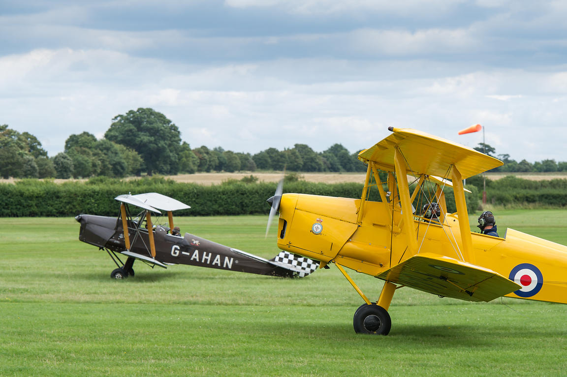 De Havilland Tiger Moths taxiing
