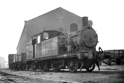 PHOTOS OF F6 CLASS 2-4-2T STEAM LOCOS