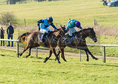 Dale Peters (HADMEATHELLO). Race 6 - Restricted Race. The Cottesmore at Garthorpe
