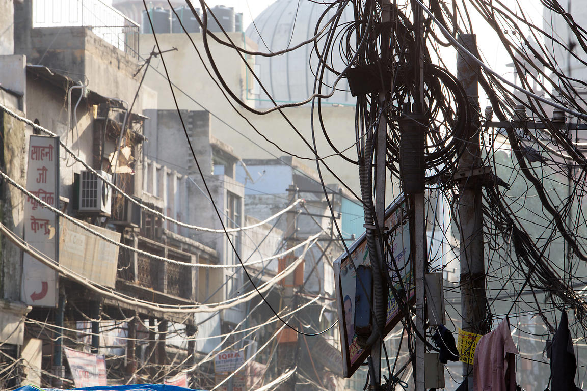 Swell Brett Cole Photography A Tangle Of Electrical Wires Lines A Street Wiring 101 Vieworaxxcnl