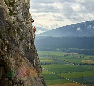 Austria, Tyrol, two rock climbers in Martinswand
