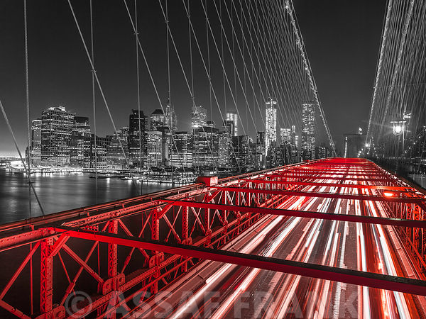 Brooklyn Bridge in evening, New York