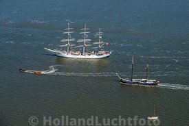 Harlingen - Luchtfoto Tall Ships Races 9