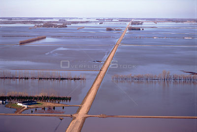 Aerial view of flooded land at Grand Forks, North Dakota, USA. April 1997