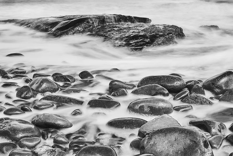 Fine art canvas | Smooth washed rocks (B&W)
