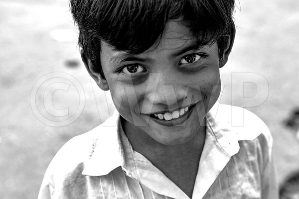 _W_P7427-Smile-of-Cambodian-boy