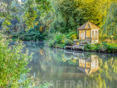Gazebo by Basingstoke canal, Hampshire