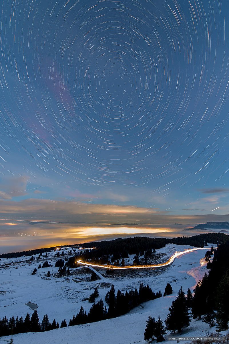 Startrail at summit - Annecy Semnoz