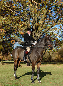Kit Henson at the meet. The Belvoir Hunt at the Kennels 13/11