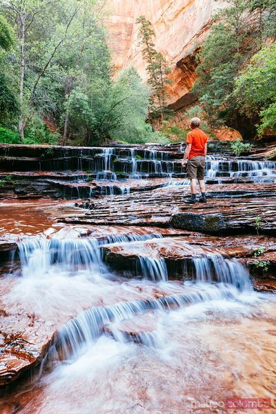 Hiker, Arch Angel Falls, Zion Canyon National Park, Utah, USA
