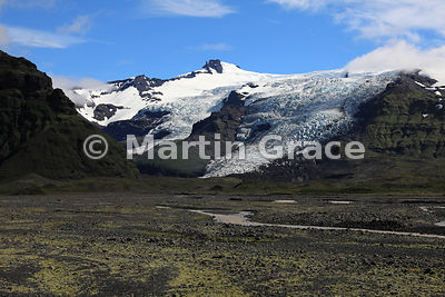Glacial landscape of Skaftafell National Park, from Road 1 at 16º51' W, Austurland (Eastern Region, East Iceland), Iceland