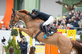 Paris, France, 17.3.2018, Sport, Reitsport, Saut Hermes - .PRIX GL Events Bild zeigt Laura RENWICK(GBR) riding Top Dollar v.....