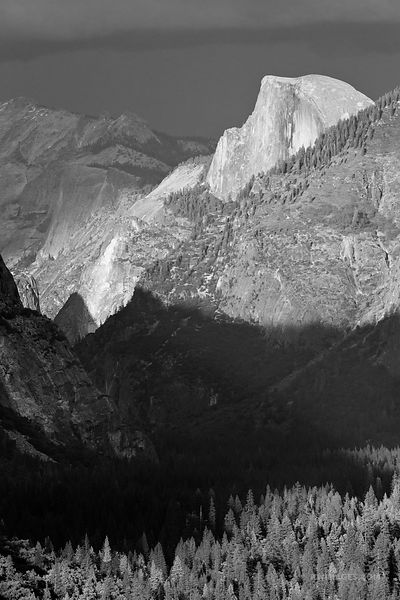 HALF DOME AT SUNSET TUNNEL VIEW YOSEMITE NATIONAL PARK BLACK AND WHITE