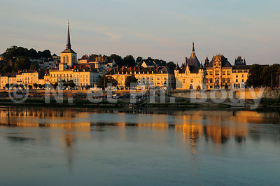 FRANCE, MAINE ET LOIRE, VILLE DE SAUMUR//TOWN OF SAUMUR, MAINE ET LOIRE, LOIRE VALLEY, FRANCE