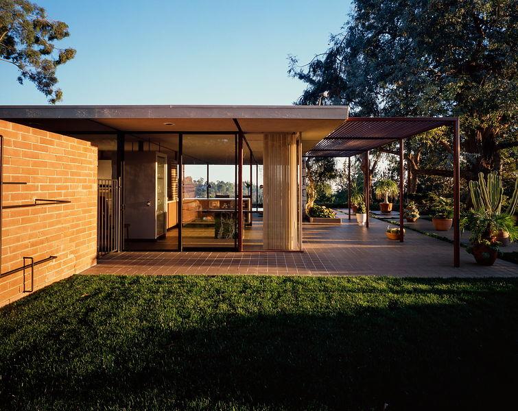 case study house 16 &(ellwood)